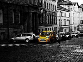 Taxi vs. UBER - nářek umírajících dinosaurů a podvodníků