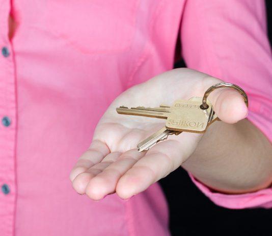 Pokles cen nemovitostí